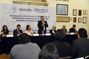 Recibe Hernández Fraguas propuesta de Defensoría Municipal de los Derechos Humanos
