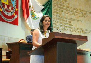 Padres irresponsables, no deben tener derecho a recibir alimento de sus hijos: Paola Gutiérrez