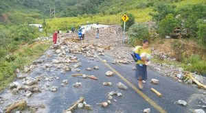 Atiende Gobierno y Ejército Mexicano comunidad de la  Mixteca afectada por lluvias