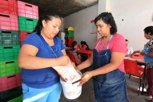 Pese a inundaciones, Liconsa llega a todas las lecherías de Querétaro