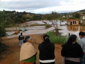 Fuerte lluvia ocasionó daños en Huitzo.