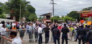 Protesta S-22 en audiencia pública en Tuxtepec.