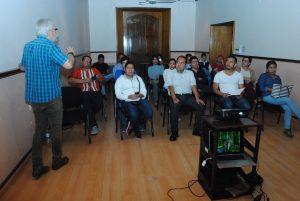 Comparten emprendedores sociales conocimientos y experiencias