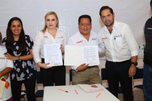 Alfabetización y capacitación para detonar grandeza de Oaxaca: Bolaños Cacho Cué