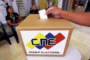 Comandos de defensa del voto cuidarán comicios en Venezuela