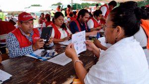 Entrega AMH tarjetas electrónicas a familias damnificadas de Juchitán