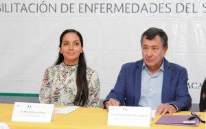 Mariana Nassar Piñeyro asiste a la firma de convenio del Seguro Popular y CRIT Oaxaca