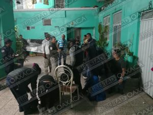 Rescatan a veinte migrantes en Huajuapan
