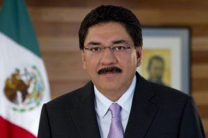 Denuncian a Ulises Ruiz junto con excolaboradores por delitos de lesa humanidad