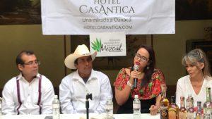 Anuncian primer Feria del Mezcal en Puerto Escondido