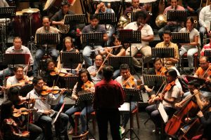 Eliseo Martínez, dirigirá su primer concierto con la OSO