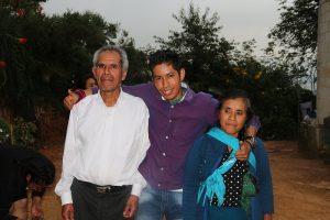 En Santiago Texcalcingo, joven superó el cáncer y mediante cursos del Icapet ahora es emprendedor