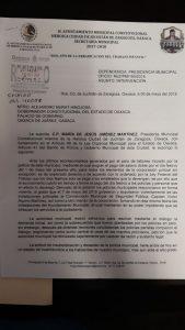 "Van autoridades municipales de Juchitán contra policías ""rebeldes"""