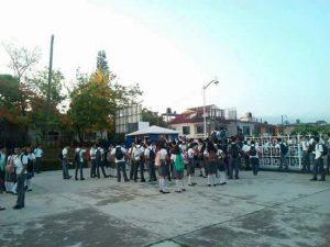 Protestan estudiantes del CBTIS 31 por falta de agua