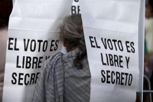 Ni Oswaldo ni Samuel merecen gobernar Oaxaca. Manuel, te invito a mi gabinete: Raúl Castellanos