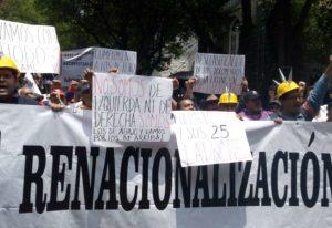 Disidentes del SME exigen a AMLO no proteger a Martín Esparza y transparentar convenios de liquidaciones