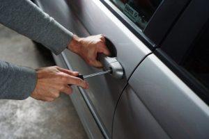Papel aluminio en las llaves del auto, el mejor hack antirrobos