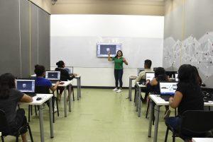 Acercan a jóvenes cursos de diseño gráfico