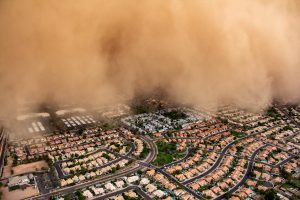 Impresionante tormenta de arena cubre Arizona