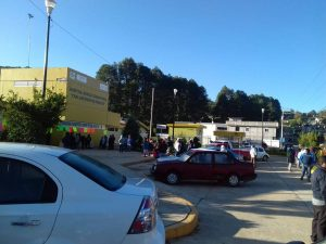Continúa la protesta en el Hospital de Chalcatongo