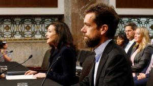 Facebook y Twitter se defienden de críticas de senadores de EU