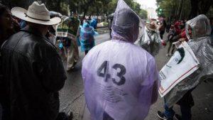 Tribunal determina que es legal crear comisión de la verdad sobre los 43 desaparecidos