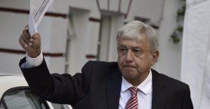 La ciudadanía debe hoy asumir el papel de dique, frente a la tentadora mayoría de AMLO: Adrián Ortiz