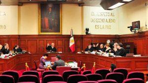 Ministro de la Corte frena recorte a salarios de funcionarios