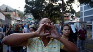 Aumentan las protestas contra Maduro en la víspera de la marcha opositora