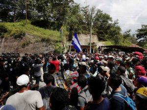 Más de 500 hondureños inician nueva caravana migrante rumbo a Estados Unidos