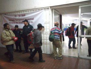 Continúa en operaciones el refugio  invernal en el Gimnasio Municipal