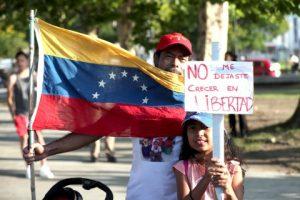 Venezuela está ardiendo: una crónica desde las calles