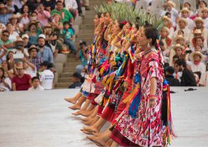 Sigue abierta convocatoria para elegir imagen oficial de la Guelaguetza 2019