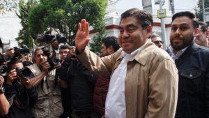 Sí voy a buscar ser el candidato de Morena en Puebla: Barbosa