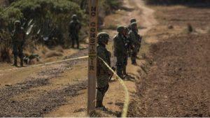 Hay 60 detenidos por huachicoleo: AMLO
