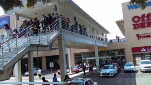 Inicia Fiscalía General investigación por asalto a joyería en Macroplaza, Santa Lucía del Camino