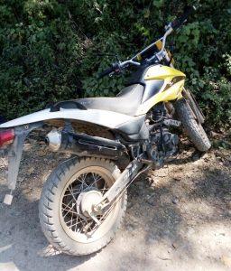 Recuperan policías estatales una motocicleta robada