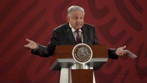 AMLO defiende firma memorándum para invalidar Reforma Educativa