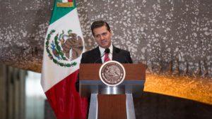 Peña Nieto compró un arma, revela documento militar