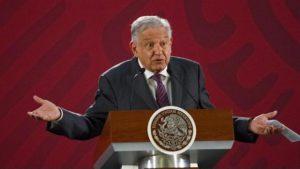 Aparece nueva manta contra AMLO en Guanajuato