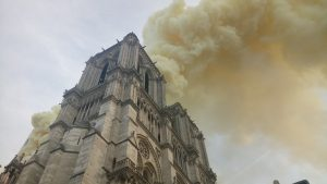 Se incendia la Catedral de Notre Dame
