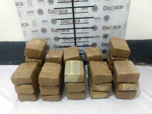 Confisca BOM 32 kilos de marihuana prensada en pacas