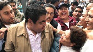 Barbosa recibe constancia como gobernador electo de Puebla