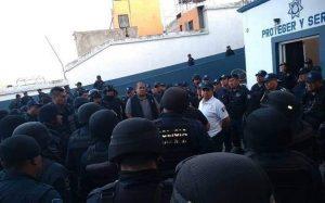 Nuevamente policías de Oaxaca de Juárez se van a paro