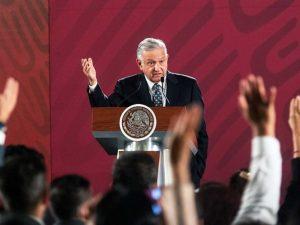 Previo a comparecencia de Robles, López Obrador lanza mensaje