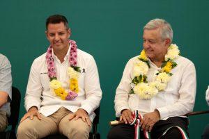 Ratifica Alejandro Murat compromiso para reconstruir el nuevo sistema de salud