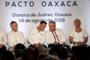 Crecen los liderazgos de Ivette y Alejandro Murat: Alfredo Martínez de Aguilar