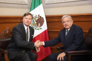 Exige López Obrador a EU castigo ejemplar contra joven por matanza en Texas