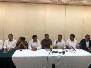 Apoyan priistas y perredistas a Armando Contreras para dirigir a MORENA en Oaxaca