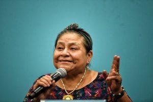 Premios Nobel de la Paz se suman a huelga contra el cambio climático